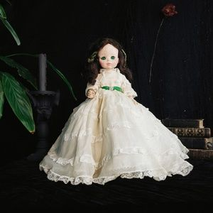 Beautiful Madame Alexander Gone with the Wind doll